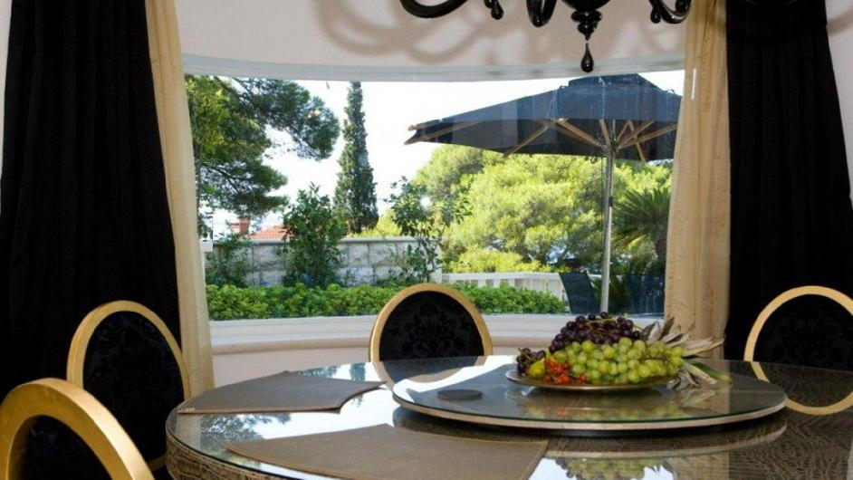 Luxury air-conditioned villa on the bay of Dubrovnik