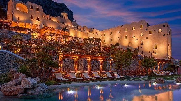 Top 57 Luxury Hotels With Pools In Italy