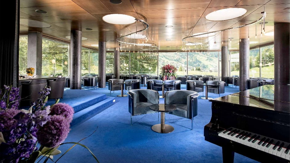 Unique luxury hotel in vals with scenic mountain views for Unique luxury hotels