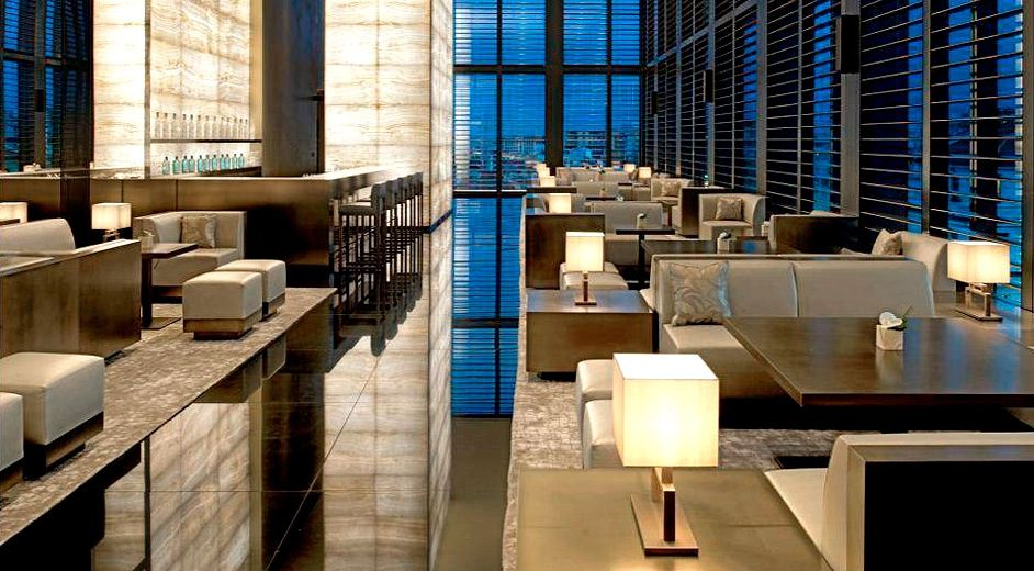 Milan luxury spa hotel with indoor pool - Armani Hotel Milano