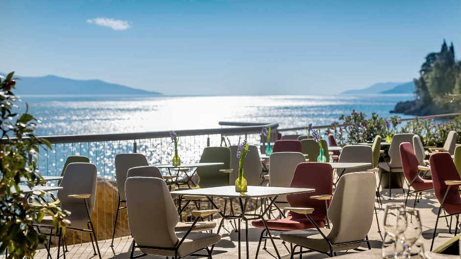 Fantastisches 5 design hotel in opatija hotel navis for Kroatien designhotel