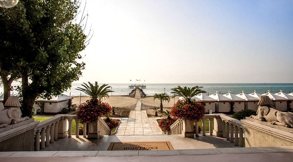 Beachfront Luxury Hotel With Pool In Venice Excelsior Prevnext