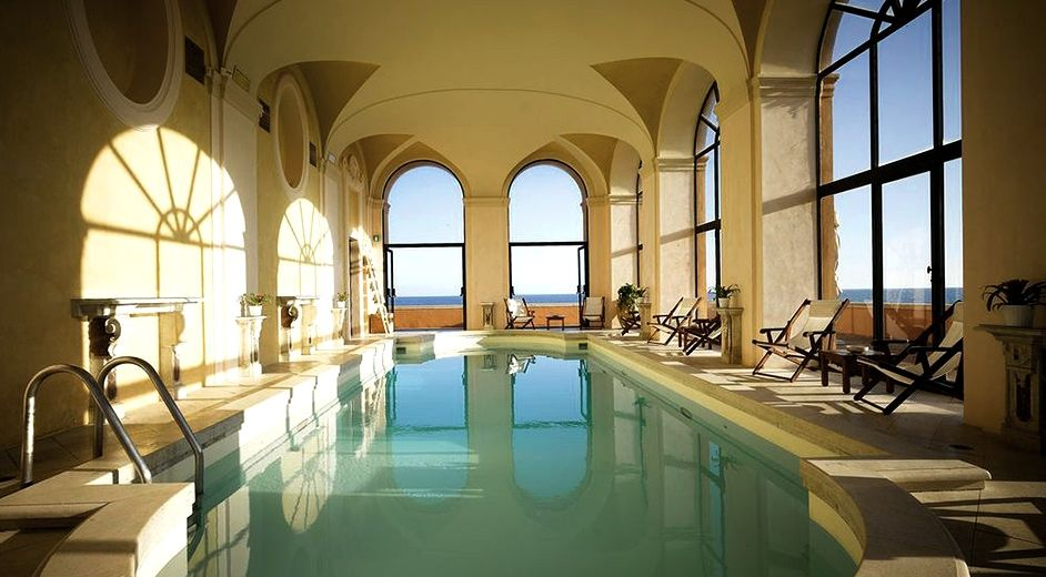 Rome 39 s best muslim friendly five star hotels for Italian pool design 7