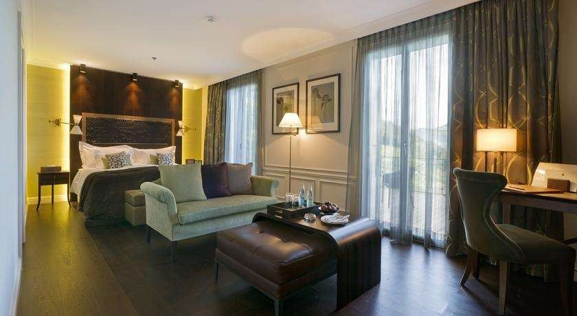 Traumhaftes 5 Sterne Gourmet Hotel mit See-Blick - Hotel Honegg