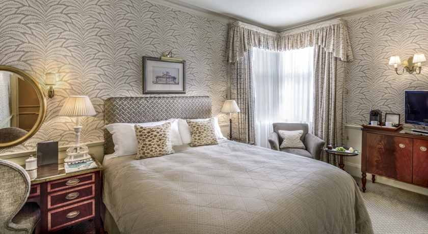 exclusive luxury boutique hotel in central london near st james 39 s park. Black Bedroom Furniture Sets. Home Design Ideas